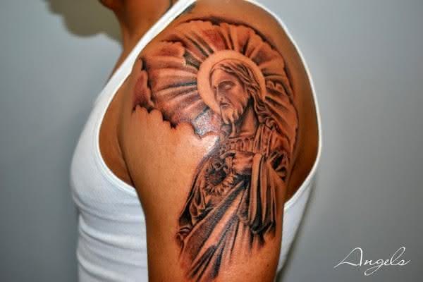 Tatuagens-de-Jesus-Cristo-43-600x400